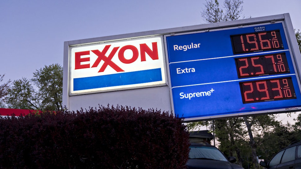 Fuel prices are displayed at an Exxon Mobil Corp. gas station in Arlington, Virginia, U.S., on Wednesday, April 29, 2020. Exxon is scheduled to released earnings figures on May 1. Photographer: Andrew Harrer/Bloomberg via Getty Images