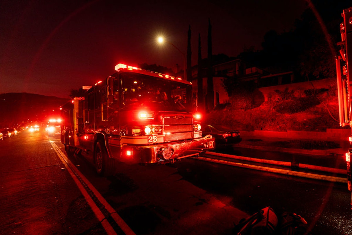 Explosion In Downtown Los Angeles, Multiple Buildings Burned