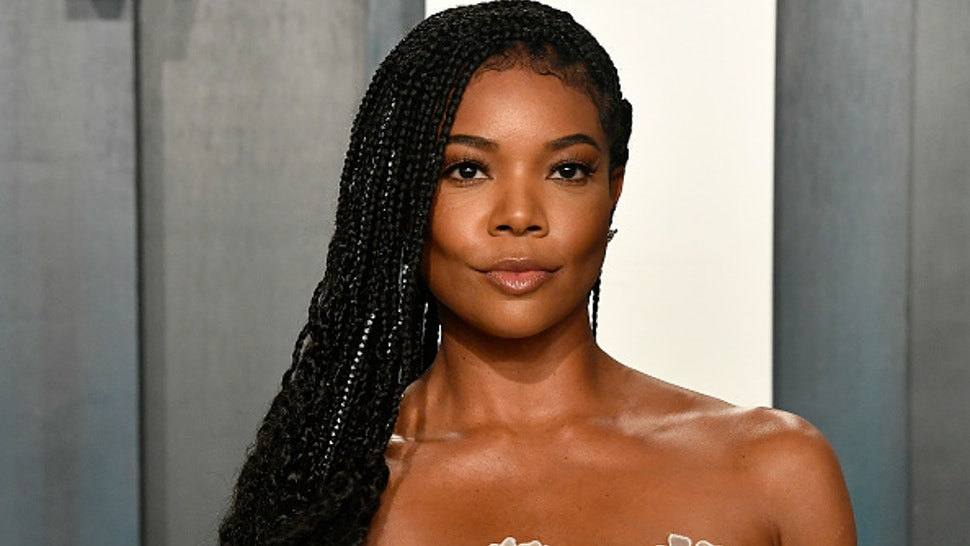 BEVERLY HILLS, CALIFORNIA - FEBRUARY 09: Gabrielle Union attends the 2020 Vanity Fair Oscar Party hosted by Radhika Jones at Wallis Annenberg Center for the Performing Arts on February 09, 2020 in Beverly Hills, California.