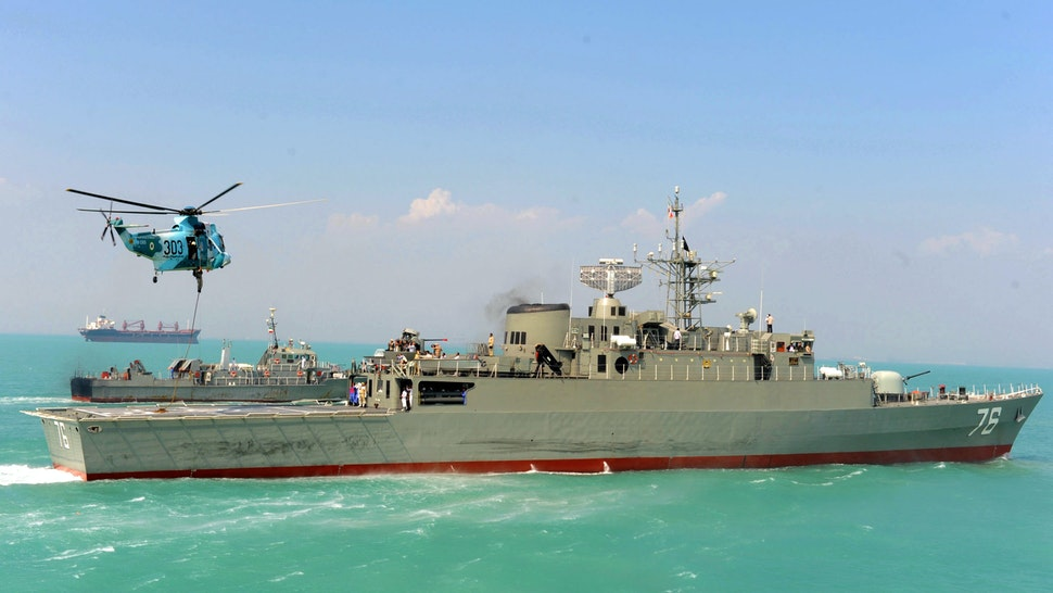Iran's first domestically made destroyer Jamaran sails in the Gulf on February 21, 2009. Iran's navy on February 19 launched in the Gulf its first domestically made destroyer in a ceremony attend by the supreme leader and the commander-in-chief Ayatollah Ali Khamenei, the media reported.