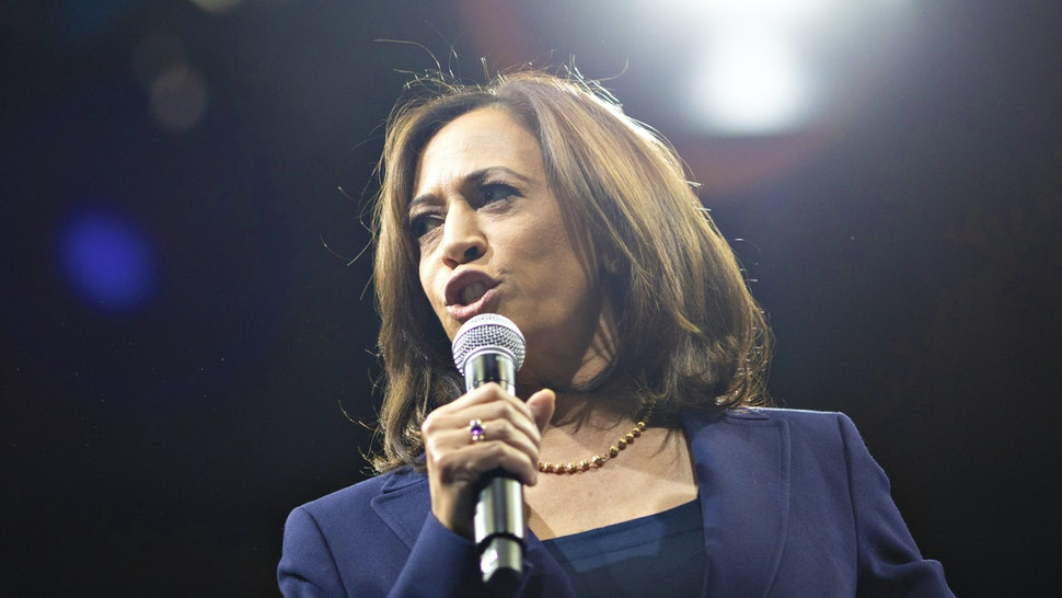 Senator Kamala Harris, a Democrat from California and 2020 presidential candidate, speaks during the Iowa Democratic Party Liberty & Justice Dinner in Des Moines, Iowa, U.S., on Friday, Nov. 1, 2019. A New York Times/Siena College poll of Iowa Democrats released Friday showed the top four candidates Warren, Sanders, Buttigieg and Biden all bunched up in a five-point spread at the top of the field, within the poll's margin of error.