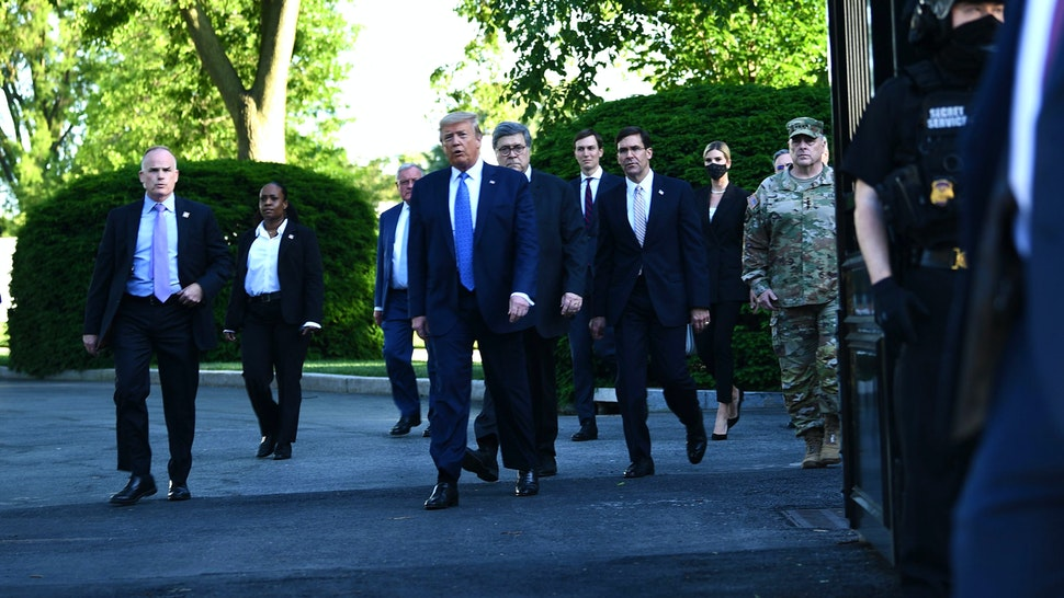 US President Donald Trump leaves the White House on foot to go to St John's Episcopal church across Lafayette Park in Washington, DC on June 1, 2020. - US President Donald Trump was due to make a televised address to the nation on Monday after days of anti-racism protests against police brutality that have erupted into violence. The White House announced that the president would make remarks imminently after he has been criticized for not publicly addressing in the crisis in recent days.