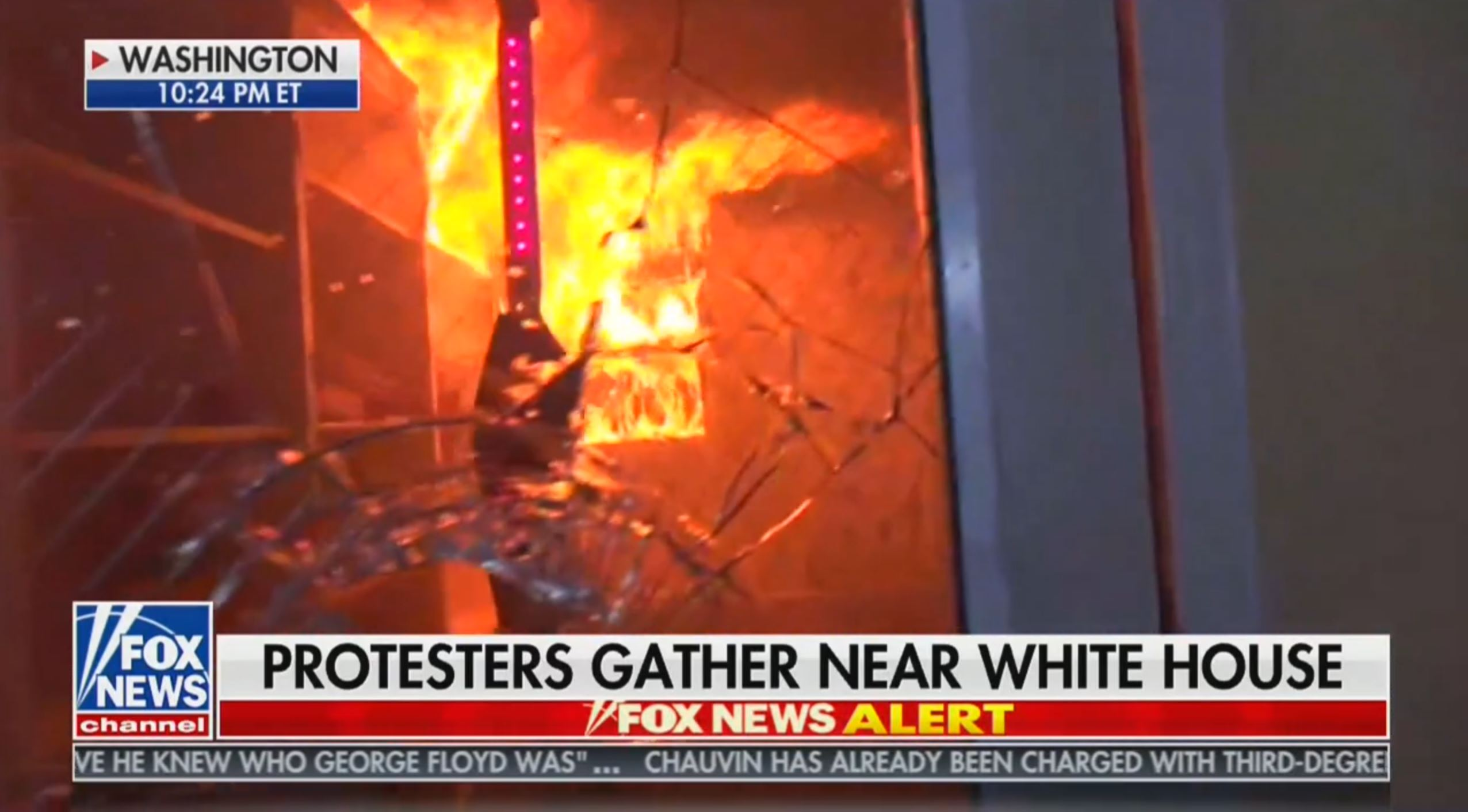 Incendiary Fox News headline, meant to have viewers associate violent acts with peaceful protesters.
