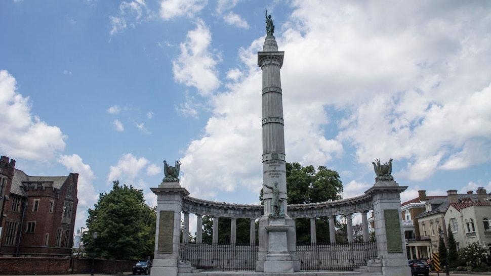 Statue of jefferson Davis on August 19, 2017 in Richmond.