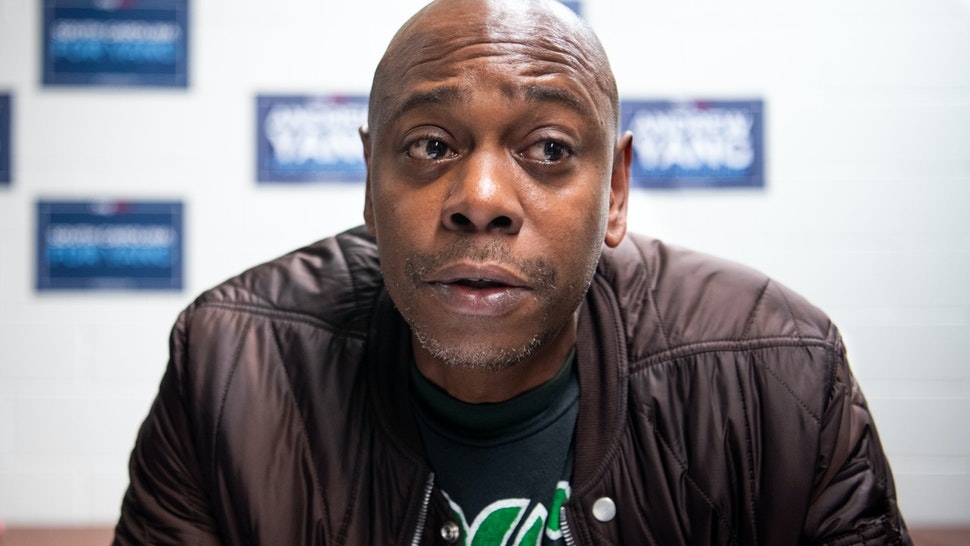 HARLESTON, SC - JANUARY 30: Comedian Dave Chappelle talks with the media while campaigning for Democratic presidential candidate Andrew Yang on January 30, 2020 in North Charleston, South Carolina. The comedian has endorsed the candidate and performs the second of two South Carolina campaign benefit shows Thursday evening in Charleston. (Photo by Sean Rayford/Getty Images)