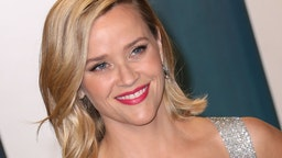 Reese Witherspoon attends the 2020 Vanity Fair Oscar Party at Wallis Annenberg Center for the Performing Arts on February 09, 2020 in Beverly Hills, California.