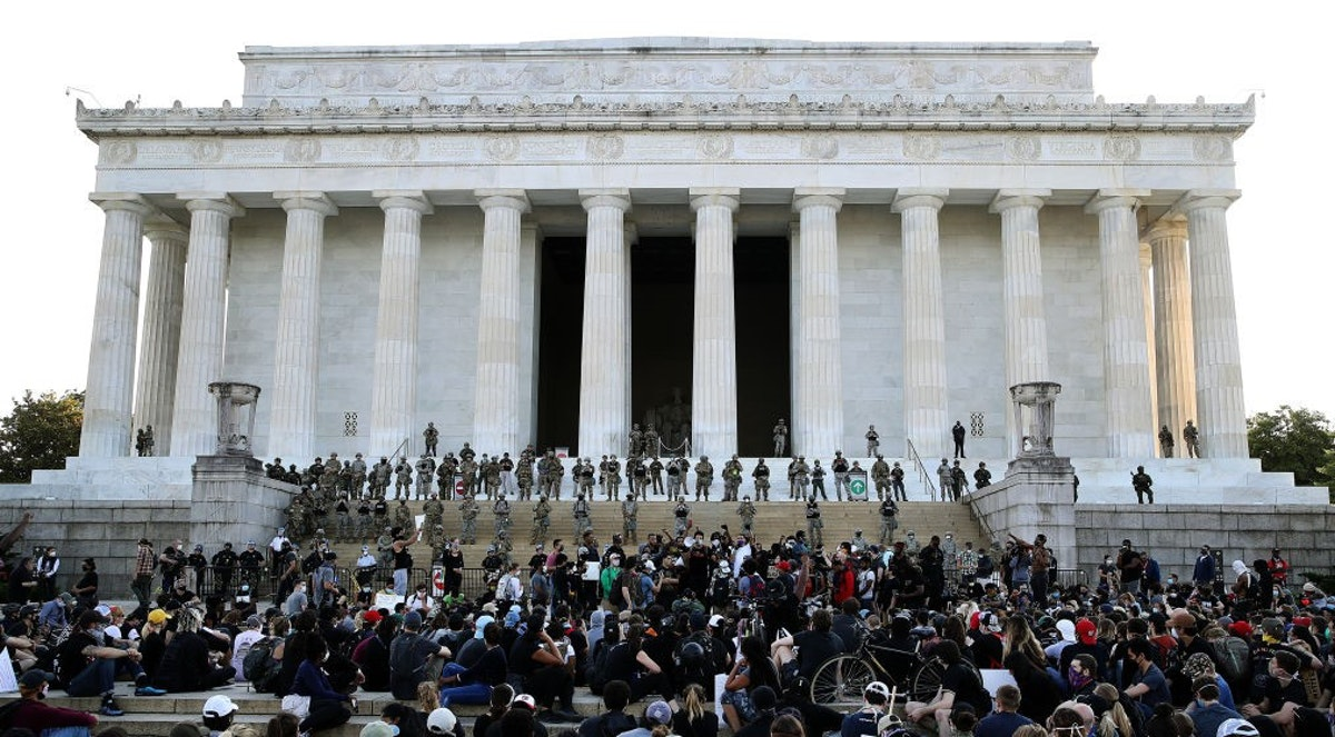 National Guardsmen Stand Guard On Steps Of Lincoln Memorial