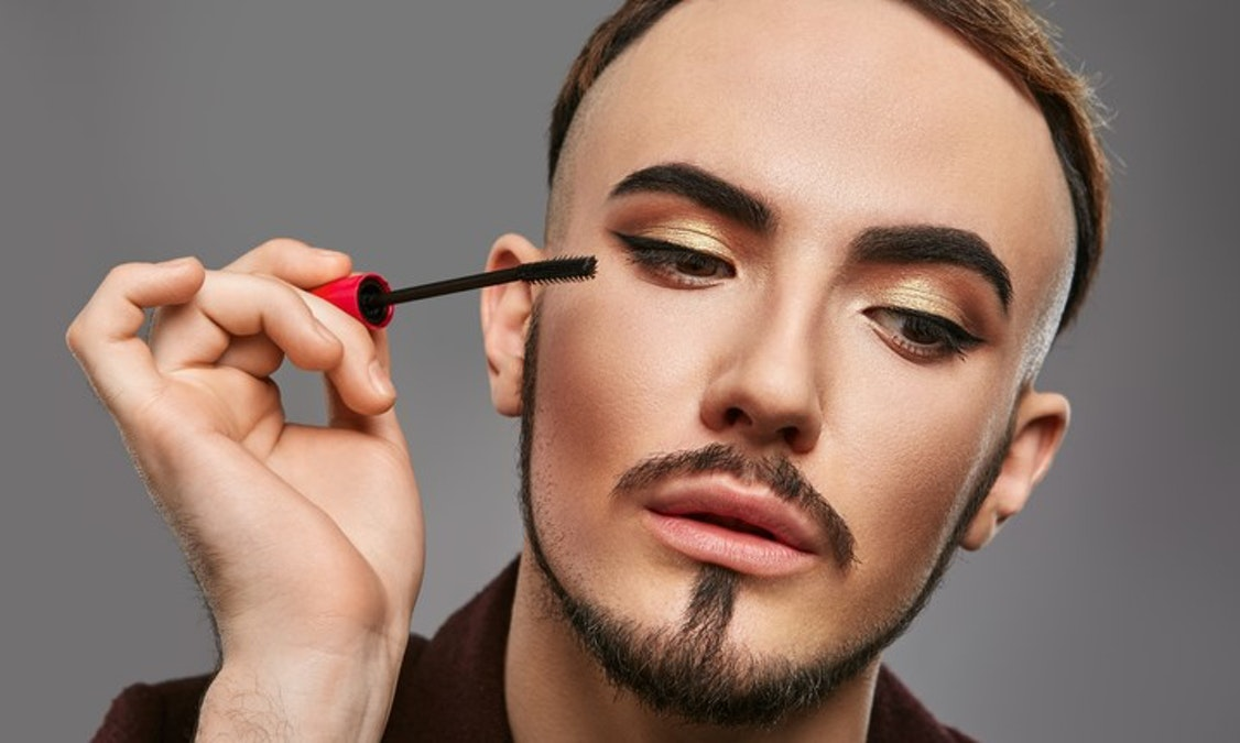 National Drug Store To Sell Line Of Make-Up For Men