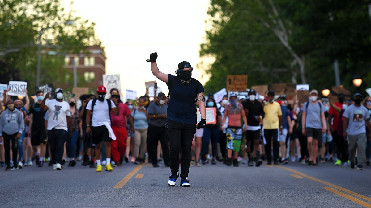 WATCH: Armed St. Louis Residents Stand Guard Over Property As Demonstrators Enter Residential Neighborhood