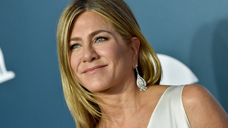LOS ANGELES, CALIFORNIA - JANUARY 19: Jennifer Aniston attends the 26th Annual Screen Actors Guild Awards at The Shrine Auditorium on January 19, 2020 in Los Angeles, California.
