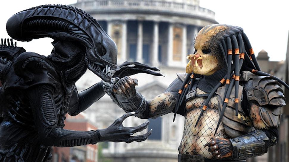 Op-Ed: 'Alien' And 'Predator' Movies Reinforce Anti-Black Racism