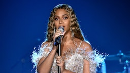 Beyonce performs onstage during the City of Hope Spirit of Life Gala 2018 at Barker Hangar on October 11, 2018 in Santa Monica, California. (Photo by Kevin Mazur/Getty Images for City of Hope)