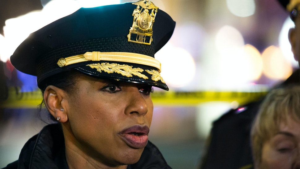 EDITORS NOTE: Graphic content / Seattle Police Chief Carmen Best speaks to reporters at the scene of a shooting that left one person dead and seven injured, including a child, in downtown Seattle, Washington on January 22, 2020. - At least one person was killed and seven others, including a child, were wounded on Wednesday after gunfire broke out in downtown Seattle near a popular tourist area, police and hospital officials said. Police said at least one suspect was being sought in connection with the mass shooting that took place near a McDonald's fast food restaurant, just blocks away from the Pike Place Market.