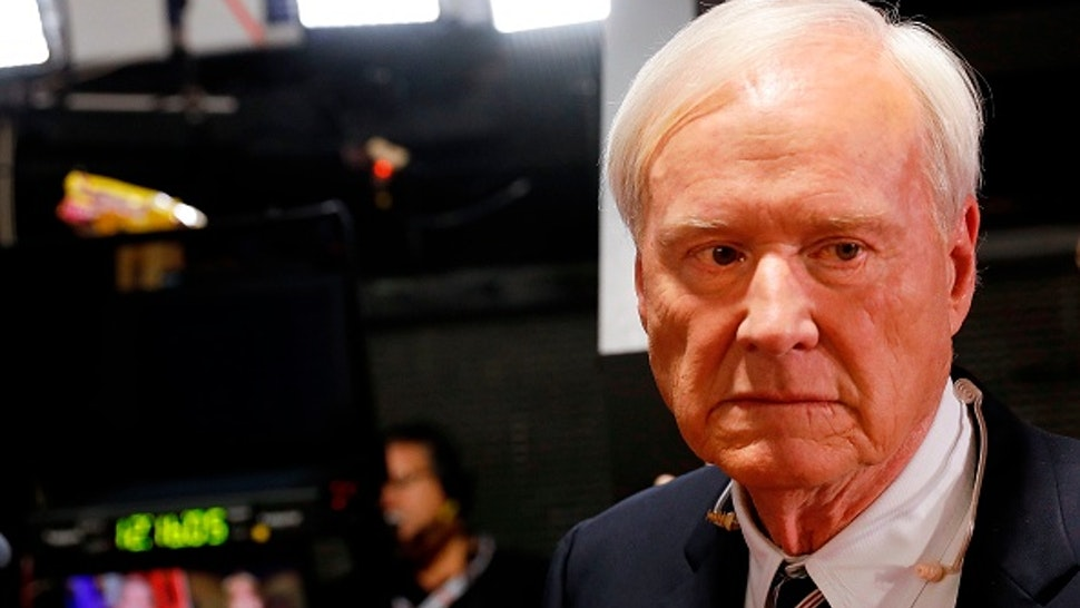 """Chris Matthews, host of MSNBC's political show """"Hardball"""" prepares for interviews in the spin room after the Democratic Presidential Debate at the Fox Theatre on July 31, 2019 in Detroit, Michigan. - Chris Matthews anounced his retirement on the air during his last """"Hardball"""" political show on March 2, 2020."""