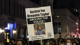 Hundreds of people protest on streets in New York after police officers were not charged for killing Breonna Taylor. Protesters blocked traffic on streets of Manhattan and Brooklyn as well as on Manhattan and Williamsburg bridges. Demonstrations started at 7 PM and went till after 1 AM. Kentucky grand jury on Wednesday brought no charges against Louisville police in the killing of Breonna Taylor. (Photo by Lev Radin/Pacific Press/LightRocket via Getty Images)