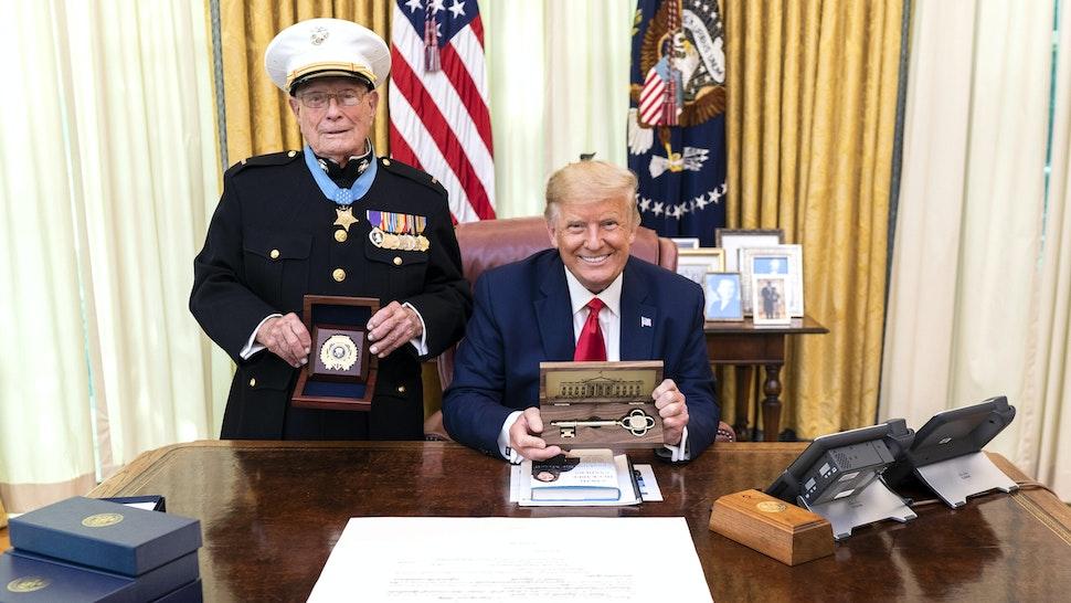Official White House Photo by Shealah Craighead