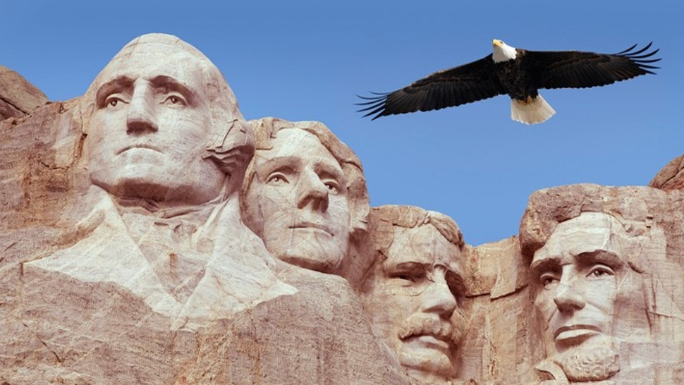 Bald Eagle Flying Free Above American Monument Mount Rushmore Presidents