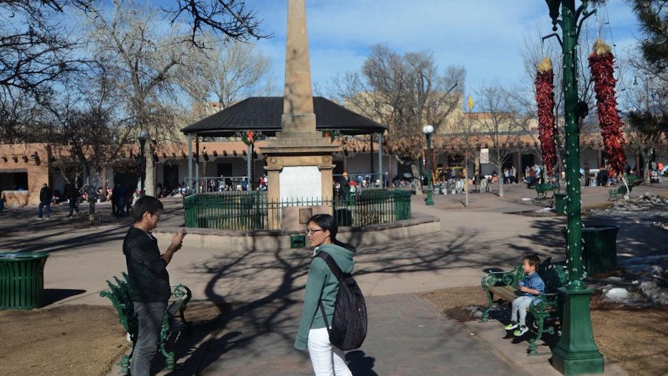 Santa Fe obelisk
