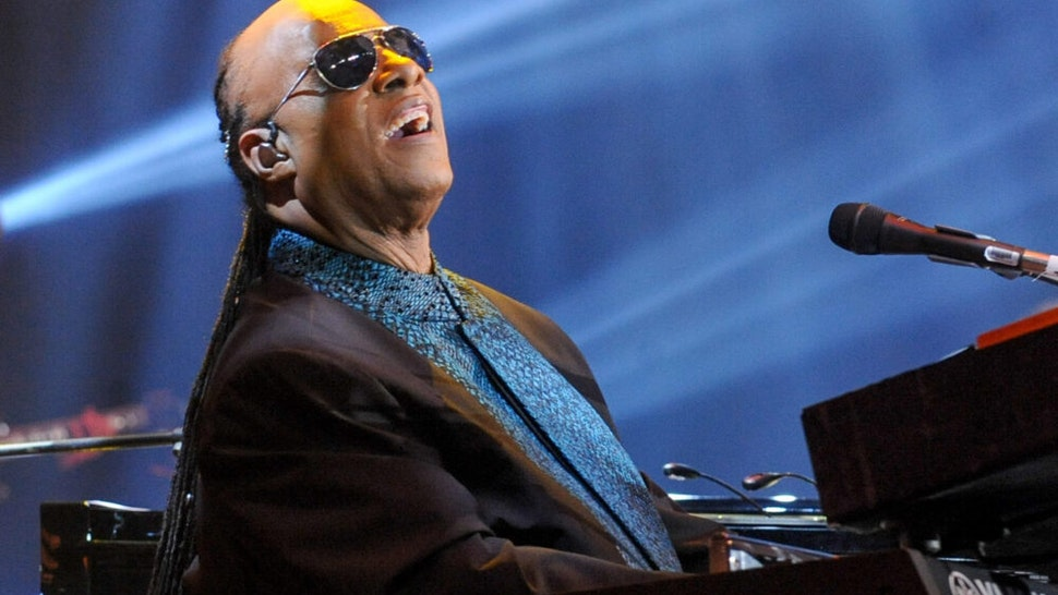 TORONTO, ON - SEPTEMBER 26: Stevie Wonder performs at the David Foster Foundation Miracle Gala And Concert held at Mattamy Athletic Centre on September 26, 2015 in Toronto, Canada.