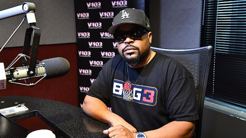 ATLANTA, GA - AUGUST 09: Rapper Ice Cube visits V-103 Atlanta Studios on August 9, 2018 in Atlanta, Georgia.