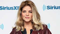 NEW YORK, NY - JANUARY 06: Actress Kirstie Alley visits the SiriusXM Studios on January 6, 2016 in New York City.