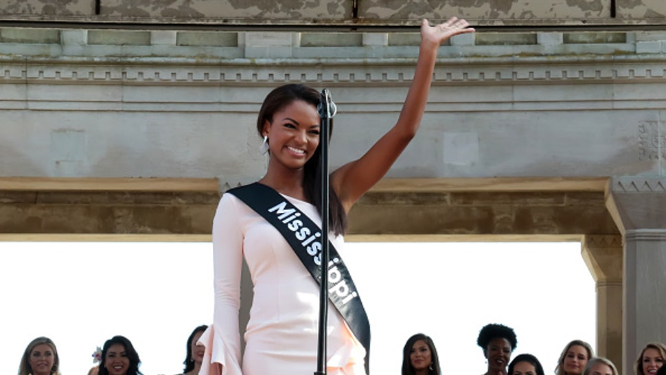 ATLANTIC CITY, NJ - AUGUST 30: Miss Mississippi 2018, Asya Branch waves to crowd at Kennedy Plaza on August 30, 2018 in Atlantic City, New Jersey.