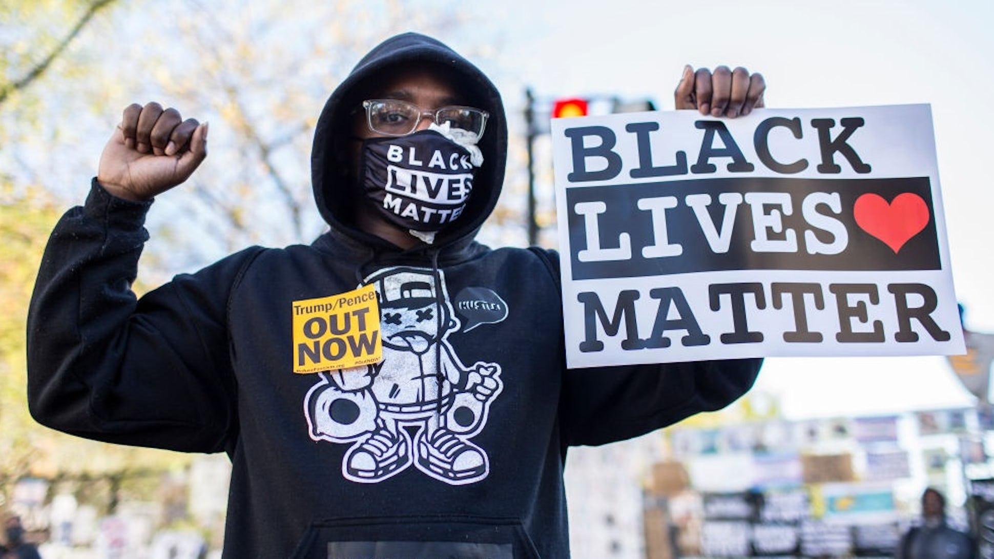 BLM bị loại khỏi cuộc họp của Joe Biden với nhóm dân quyền Black-Lives-Matter.jpg?auto=format&fit=crop&ar=16%3A9&ixlib=react-9.0