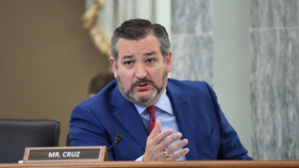 WASHINGTON, DC - JUNE 24: Sen. Ted Cruz (R-TX) asks a question during an oversight hearing to examine the Federal Communications Commission on Capitol Hill on June 24, 2020 in Washington, DC. The hearing was held by the Senate Committee for Commerce, Science, and Transportation. (Photo by Jonathan Newton-Pool/Getty Images)