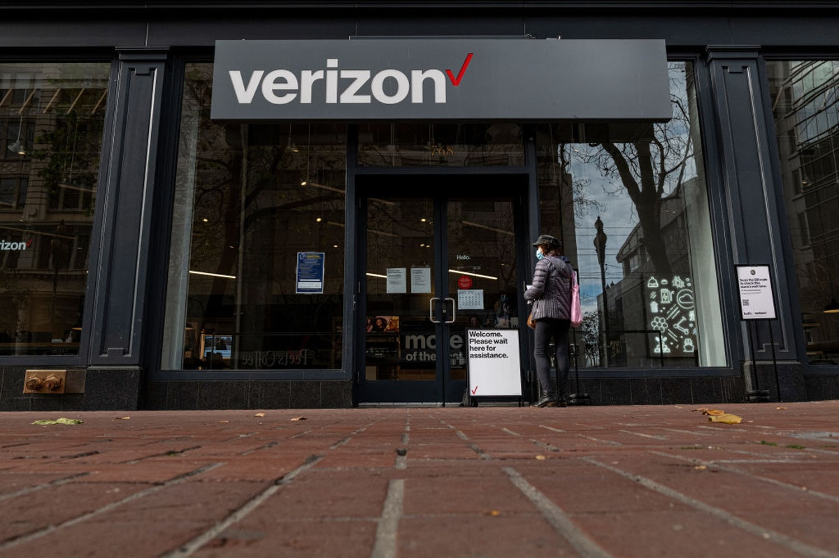 She Falsely Claimed A Verizon Store Employee Groped Her. A Court Just Upheld Her Lengthy Sentence.