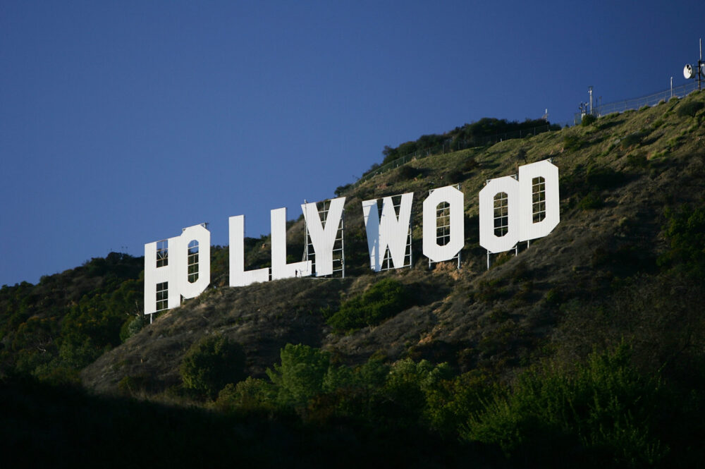 Hollywood Elite Use Their Wealth And Influence To Jump To The Front Of The Line For COVID-19 Vaccine