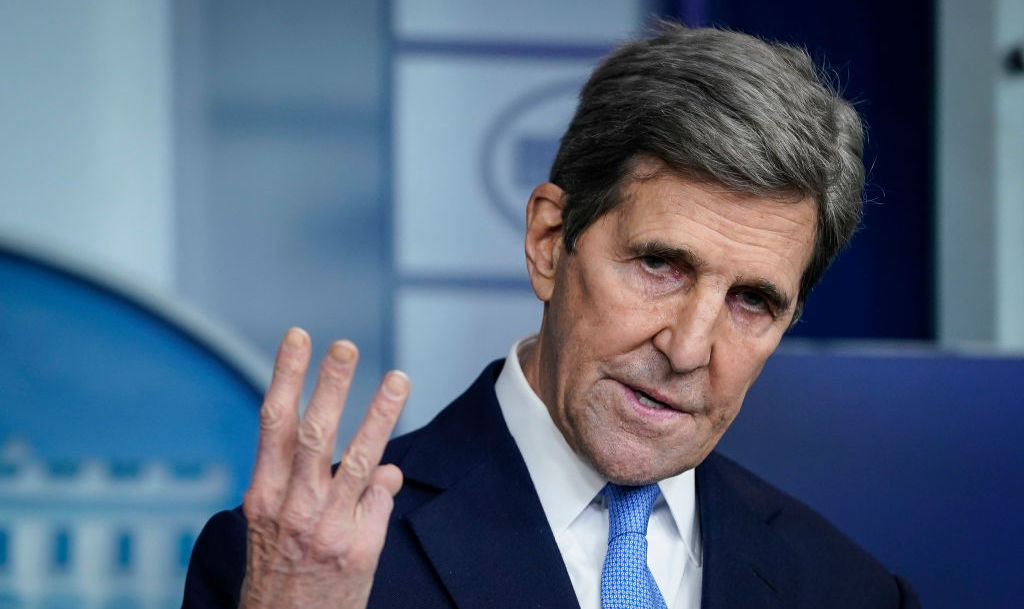 John Kerry: Gas Industry Workers Who Lose Their Jobs Can Go 'Make The Solar Panels'