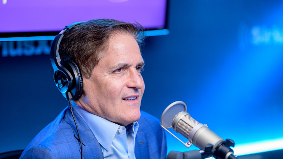 """NEW YORK, NEW YORK - FEBRUARY 25: (EXCLUSIVE COVERAGE) Mark Cuban visits """"Heather B Live"""" with host Heather B. Gardner at SiriusXM Studios on February 25, 2020 in New York City."""