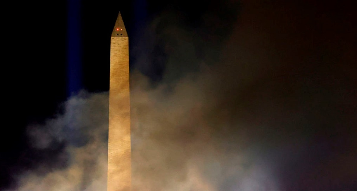 'Super Creepy': Lights At Washington Monument Mysteriously Go Out