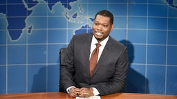 """SATURDAY NIGHT LIVE -- """"John Mulaney"""" Episode 1790 -- Pictured: Anchor Michael Che during Weekend Update on Saturday, October 31, 2020"""
