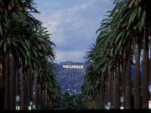 29TH OCT 93: A GENERAL VIEW OF THE FAMOUS HOLLYWOOD SIGN IN LOS ANGELES. L.A. IS ONE OF THE SITES FOR THE 1994 WORLD CUP SOCCER FINALS