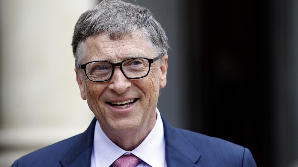 PARIS, FRANCE - JUNE 27: Bill Gates, the co-Founder of the Microsoft company and co-Founder of the Bill and Melinda Gates Foundation makes a statement after his meeting with French President Francois Hollande at the Elysee Presidential Palace on June 27, 2016 in Paris, France. Bill Gates mentioned in a short statement after his meeting with French President Francois Hollande that France was a great asset in the fight against AIDS.