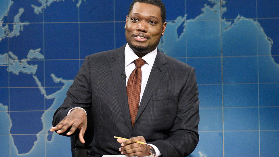 """SATURDAY NIGHT LIVE -- """"John Krasinski"""" Episode 1795 -- Pictured: (l-r) Anchor Colin Jost and anchor Michael Che during Weekend Update on Saturday, January 30, 2021"""