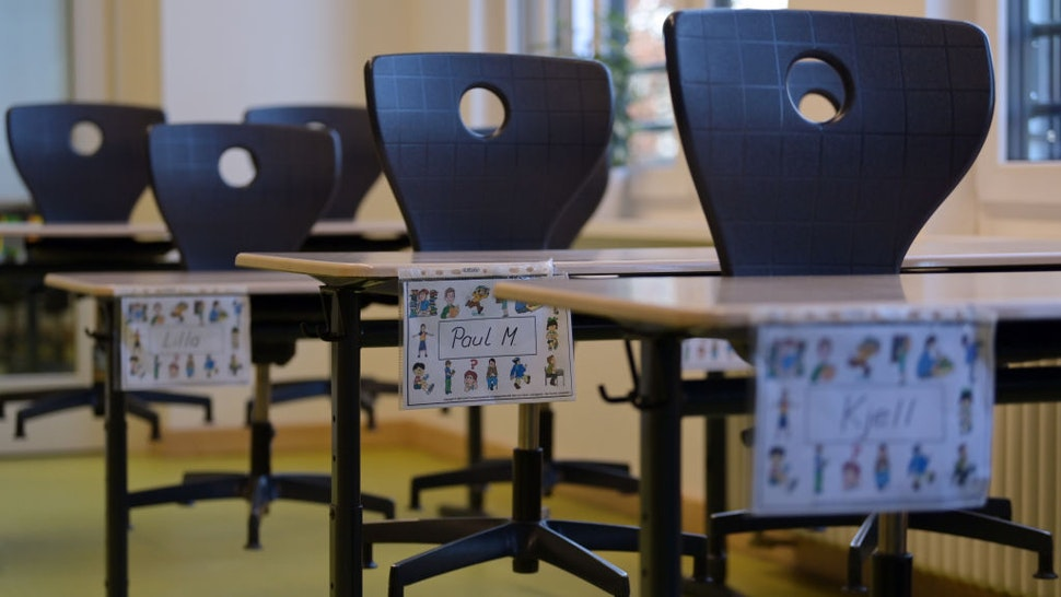 """The chairs are placed on the school desks marked with first names in a classroom at the Comenius School. The integrative primary school with language support groups had moved to Oranienburg-Süd five years ago into a new building. (to """"""""We are getting better every day"""" - Oranienburg school masters crisis"""")"""