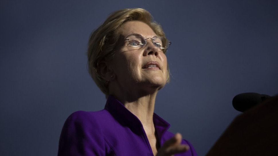 NEW YORK, NY - SEPTEMBER 16: 2020 Democratic presidential candidate Sen. Elizabeth Warren (D-MA) speaks during a rally in Washington Square Park on September 16, 2019 in New York City. Warren unveiled a sweeping anti-corruption plan earlier on Monday.