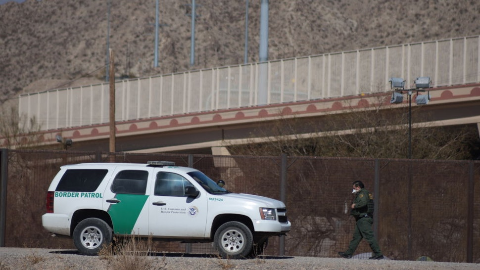 Three migrants tried to trick the border patrol to cross the border and reach the United States, but were detained by the agents in Juarez Chihuahua, Mexico, on 22 January 2021. (Photo by David Peinado/NurPhoto via Getty Images)