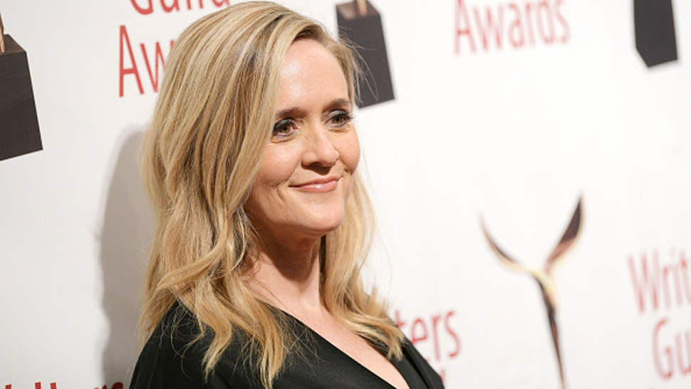 NEW YORK, NEW YORK - FEBRUARY 01: Samantha Bee poses backstage the 72nd Writers Guild Awards at Edison Ballroom on February 01, 2020 in New York City.