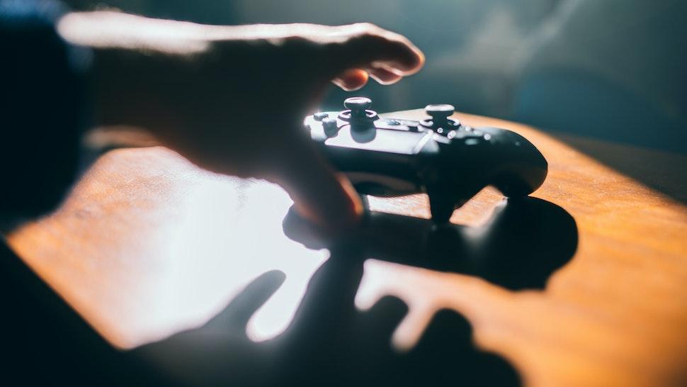 Hand grabbing game pad.