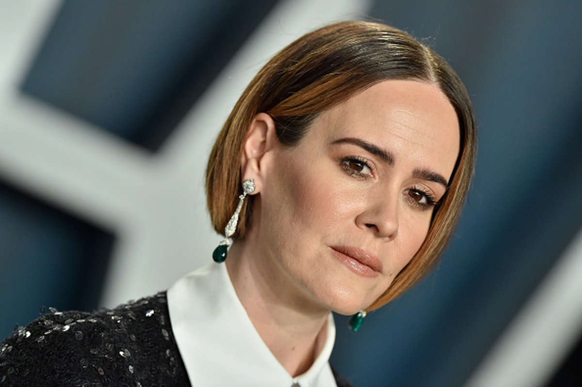 Twitter Mob Attacks Sarah Paulson For Not Declaring Her Pronouns On 'Trans Visibility Day'