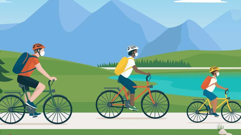 Happy traveling family spending time outdoors, they are cycling together in nature and wearing protective face masks (Happy traveling family spending time outdoors, they are cycling together in nature and wearing protective face masks, ASCII, 117 comp