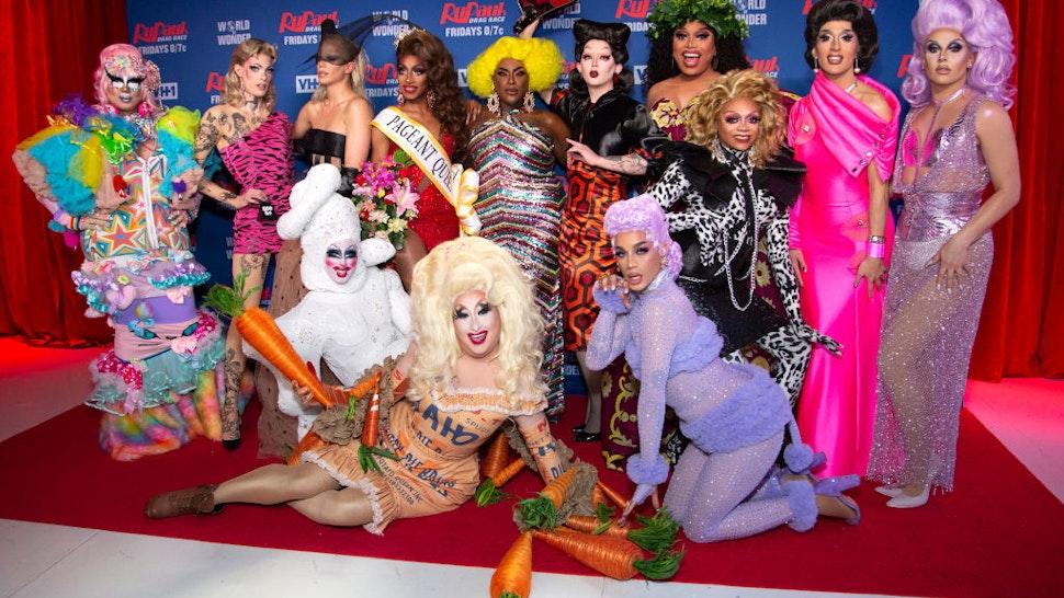 NEW YORK, NEW YORK - FEBRUARY 26: (L-R) Rock M. Sakura, Gigi Goode, Nicky Doll, Crystal Methyd, Jaida Essence Hall, Sherry Pie, Widow Von'Du, Aiden Zhane, Dahlia Sin, Brita Filter, Heidi N. Closet, Jackie Cox, Jan Sport attends 'RuPaul's Drag Race Season 12' Meet the Queens attends 'RuPaul's Drag Race Season 12' Meet the Queens at TRL Studios on February 26, 2020 in New York City.