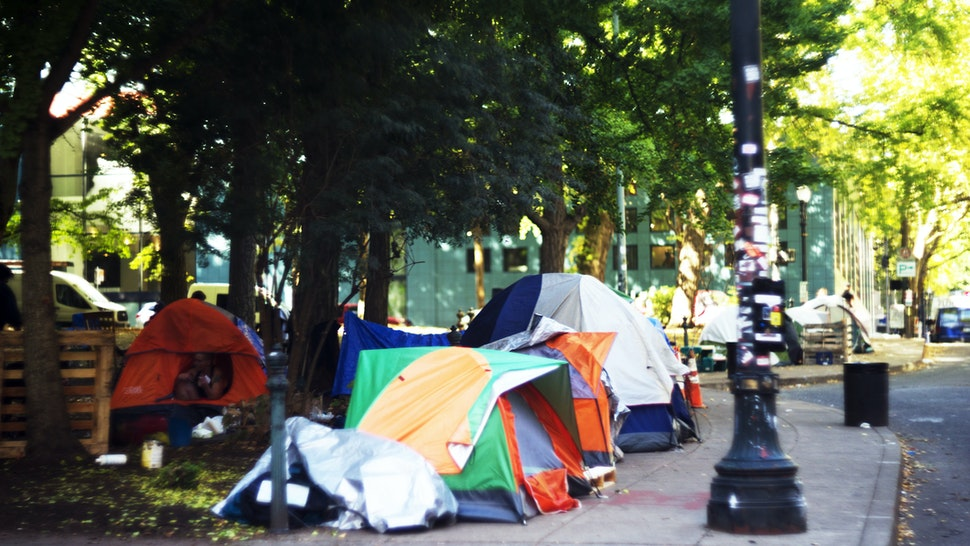 Tents in public — Portland, Oregon