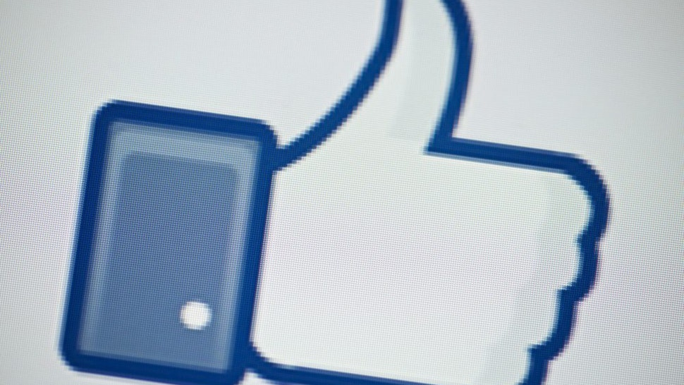 """A view of Facebook's """"Like"""" button May 10, 2012 in Washington, DC. Social-networking giant Facebook will go public on the NASDAQ May 18 with its initial public offering, trading under the symbol FB, in an effort to raise $10.6 billion."""