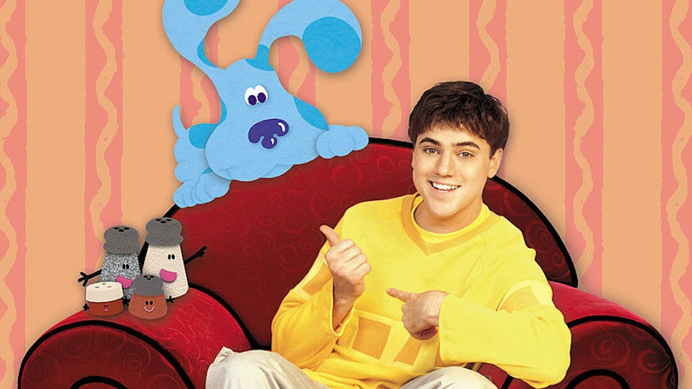 """404656 01: Actor Donovan Patton Appears With Blue, His Animated Co-Star On The Set Of Nickelodeon's """"Blue's Clues,"""" In This Computer-Generated Composite Publicity Image. Donovan Is Replacing Steve Burns, The Show's Host Since The Children's Show Debuted In December 1996. (Photo By Getty Images)"""