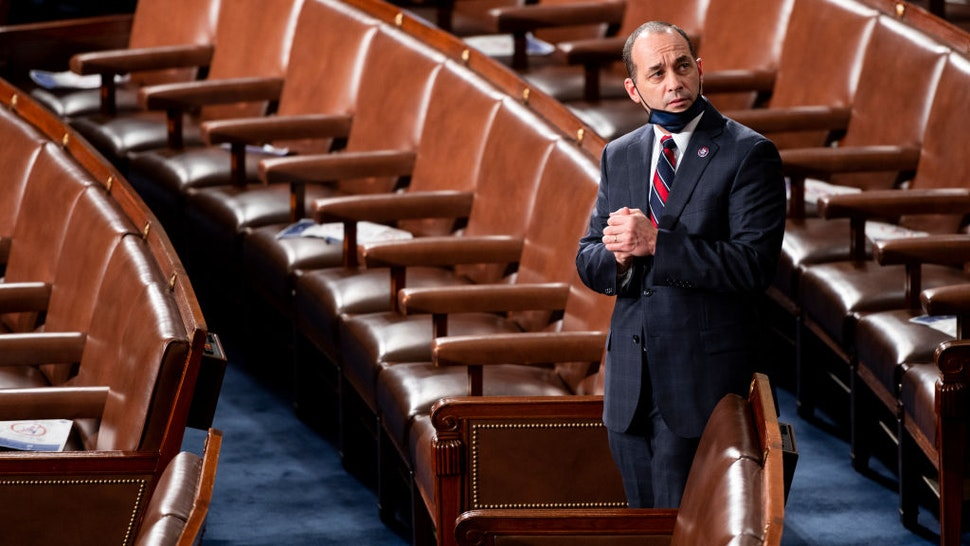 WASHINGTON, DC - JANUARY 3: Rep.-elect Bob Good (R-VA) arrives on the House floor in the Capitol before members of the 117th Congress are sworn in on January 3, 2021 in Washington, DC. Both chambers are holding rare Sunday sessions to open the new Congress on January 3 as the Constitution requires.