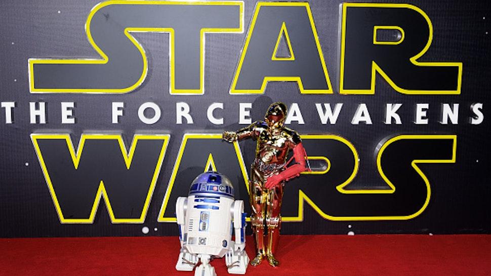 LONDON, UNITED KINGDOM - DECEMBER 16: R2D2, C3PO seen at 'Star Wars: The Force Awakens' European premiere on December 16, 2015 in London, England. PHOTOGRAPH BY John Rasimus / Barcroft Media UK Office, London. T +44 845 370 2233 W www.barcroftmedia.com USA Office, New York City. T +1 212 796 2458 W www.barcroftusa.com Indian Office, Delhi. T +91 11 4053 2429 W www.barcroftindia.com